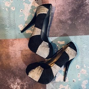 Lady Luxe Stripped 4 inch Heels